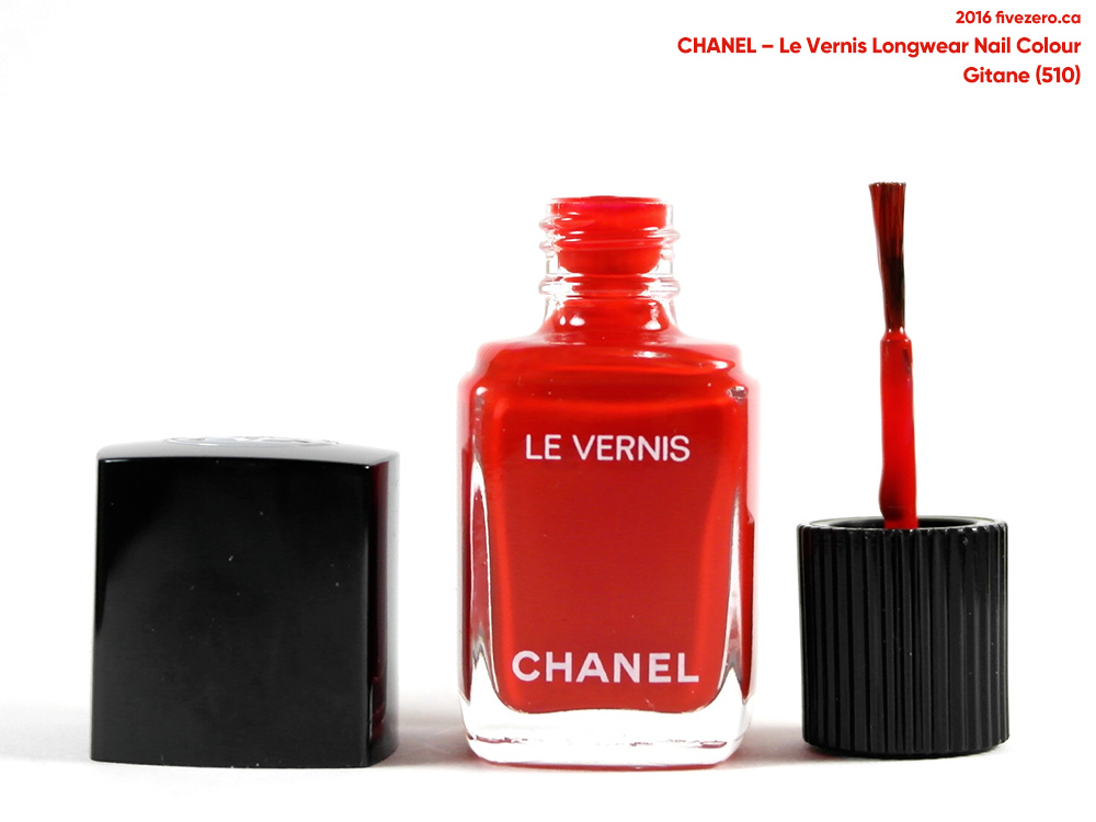 Chanel Le Vernis Longwear Nail Colour in Gitane, brush