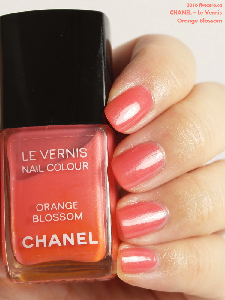 Chanel Le Vernis in Orange Blossom, swatch