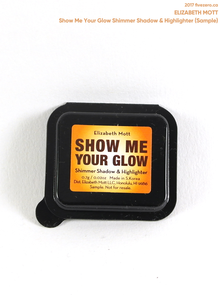 Elizabeth Mott Shimmer Shadow in Show Me Your Glow, 0.7 g sample