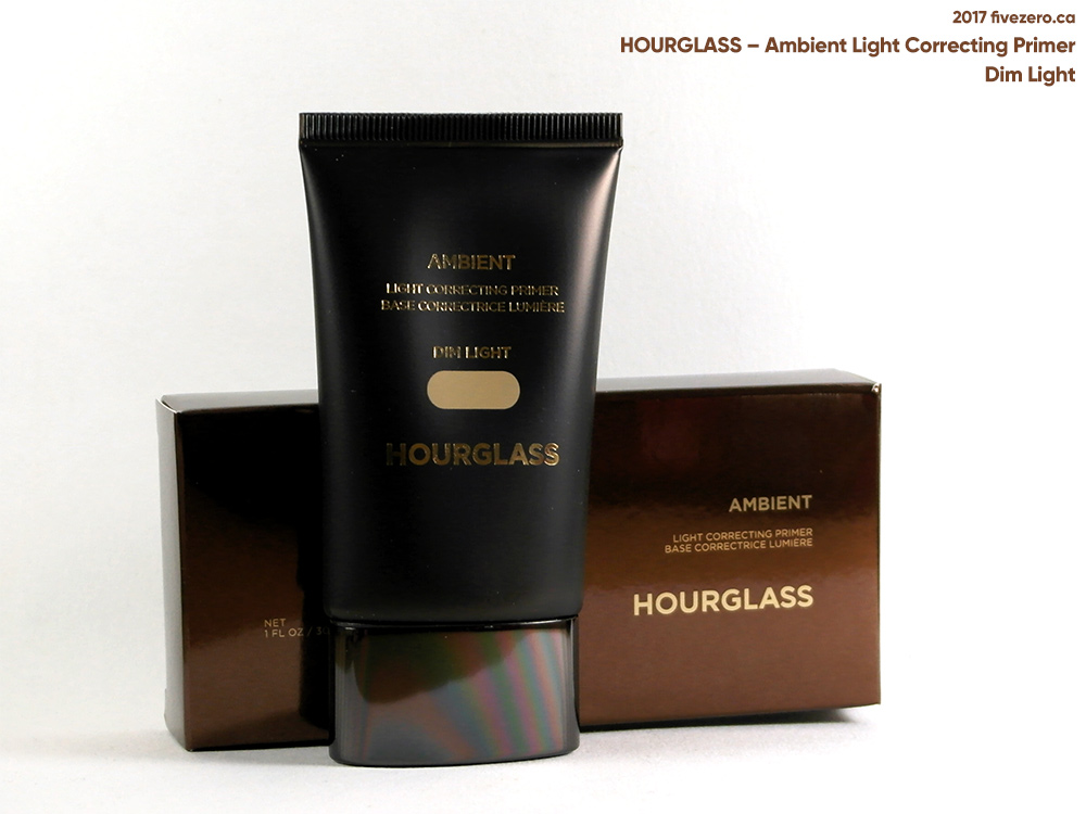 Hourglass Ambient Light Correcting Primer in Dim Light