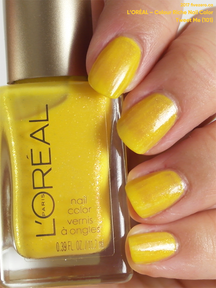 L'Oréal Colour Riche Nail Color in Tweet Me, swatch