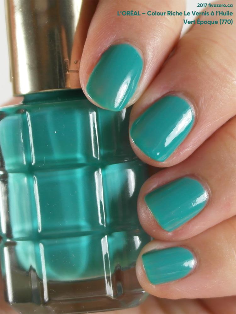 L'Oréal Le Vernis à l'Huile Nail Lacquer in Vert Époque, swatch