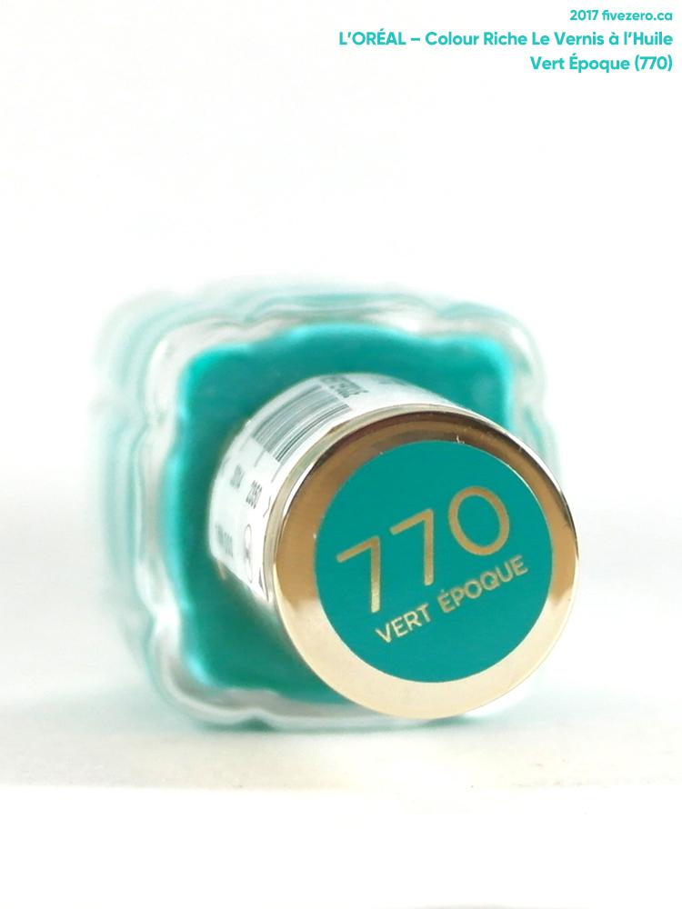 L'Oréal Le Vernis à l'Huile Nail Lacquer in Vert Époque, label